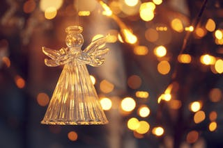 Angels We Have Heard on High – Christmas HQ