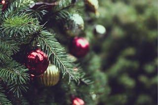 Christmas Tree Ornaments Zoom