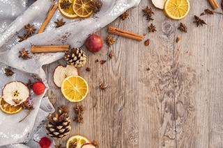 Oranges, Apples and Holiday Spices