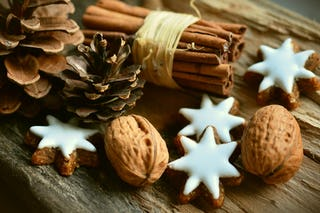 Pine Cones and Cinnamon