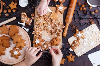 19 Christmas Cookies To Bring The Family Hustling Home Christmas Hq