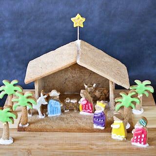 Natvity scene gingerbread house (image via Roti n Rice).